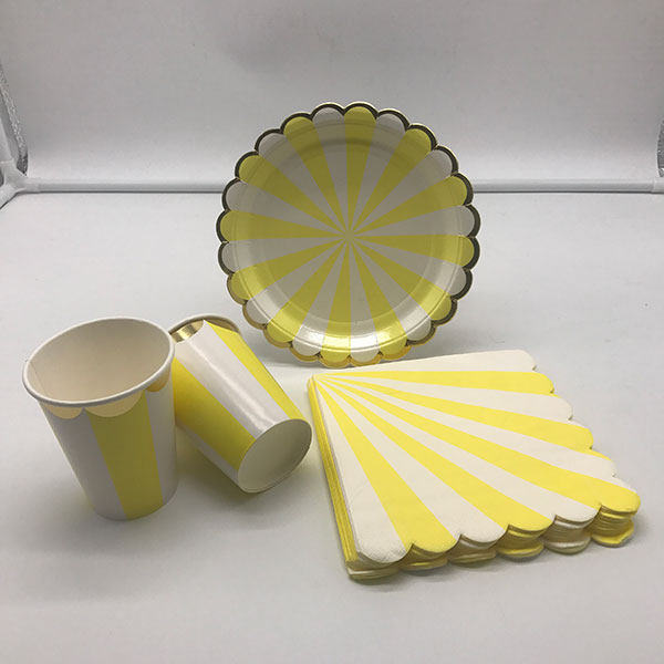 Disposable dinnerware